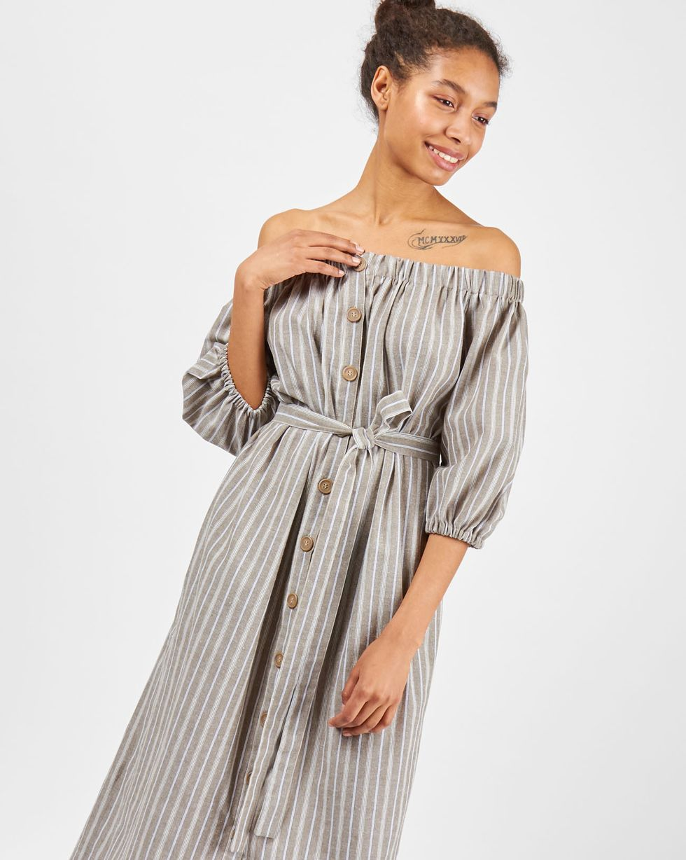 Платье из хлопка с рукавом фонарик Mплатья<br><br><br>Артикул: 8298571<br>Размер: M<br>Цвет: Коричневый<br>Новинка: ДА<br>Наименование en: Off the shoulder bell sleeve dress