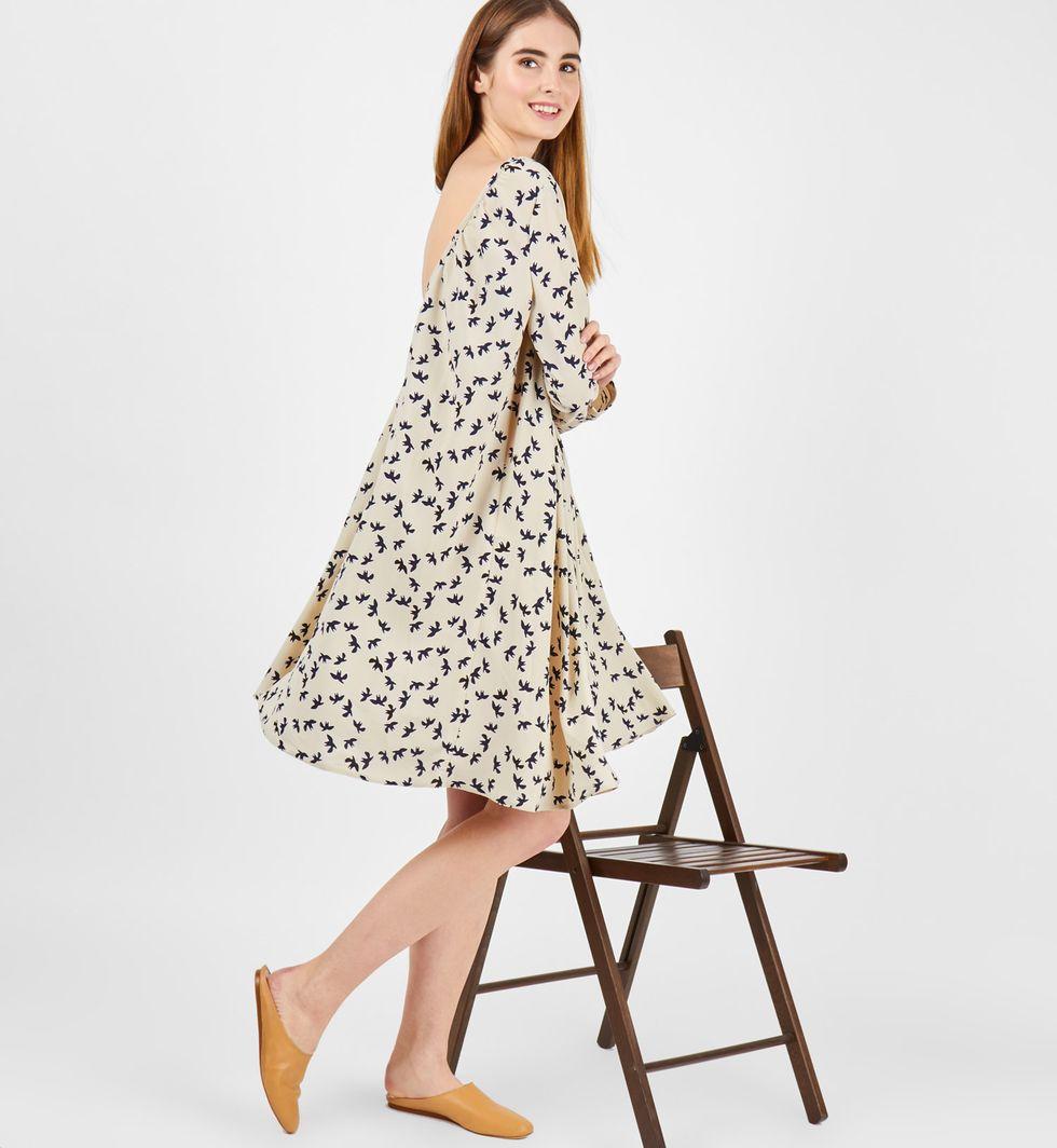 12Storeez Платье миди с вырезом на спине с птичками (молочное)