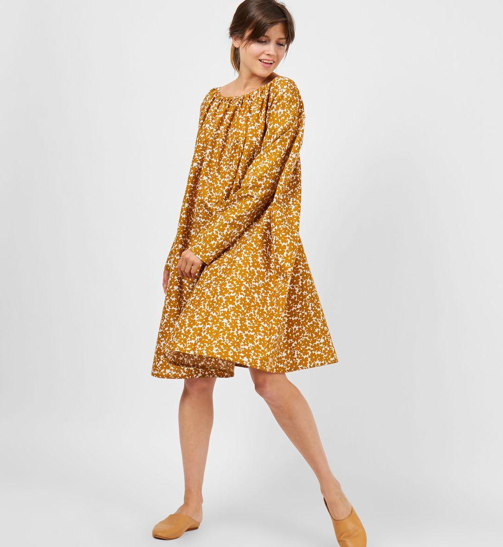 12Storeez Платье миди с вырезом на спине в цветок (желтое) 12storeez комбинация с глубоким вырезом на спине желтый