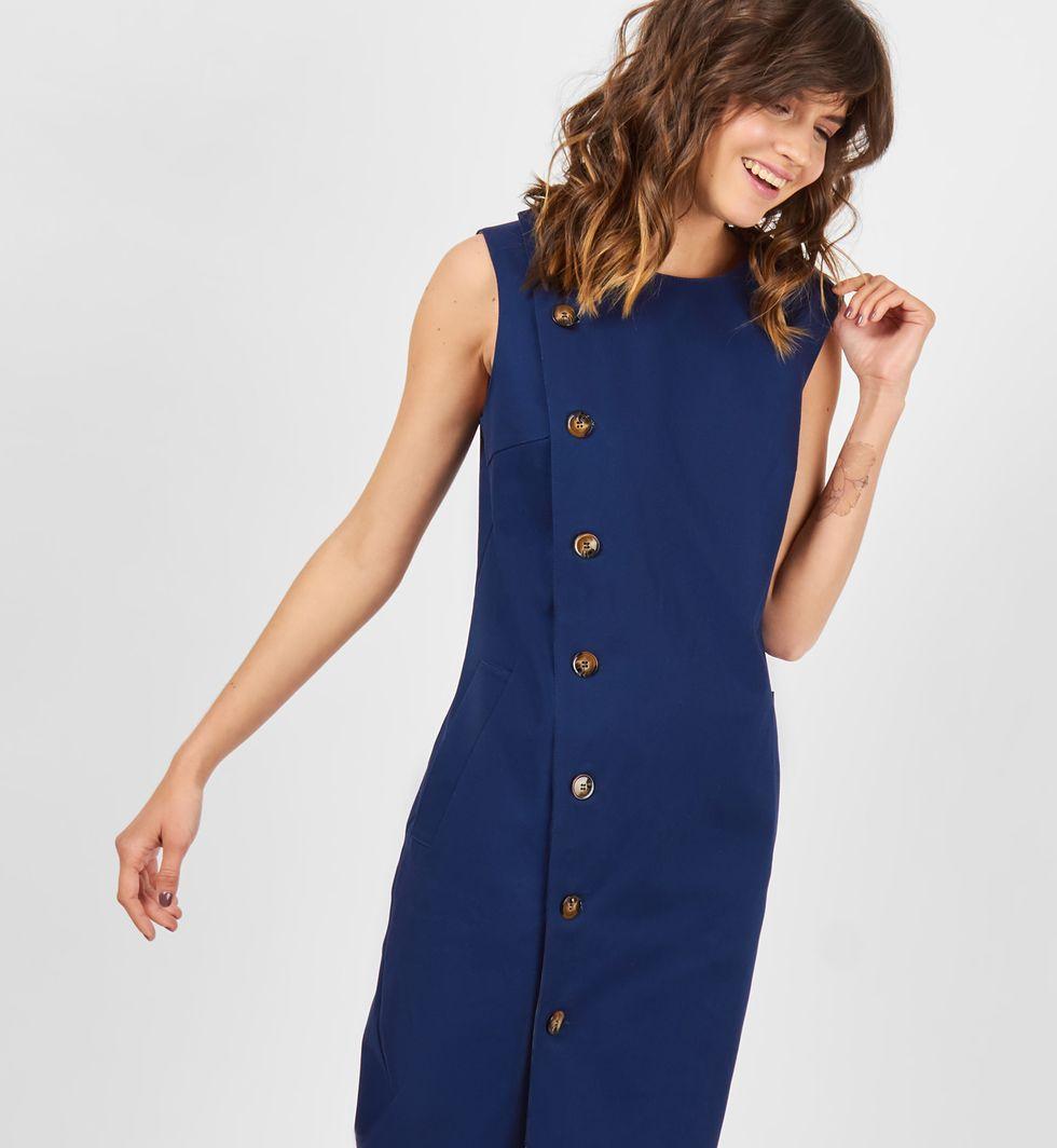 Платье без рукавов из плотного хлопка XSПлатья<br><br><br>Артикул: 8299110<br>Размер: XS<br>Цвет: Синий<br>Новинка: НЕТ<br>Наименование en: Sleeveless midi dress