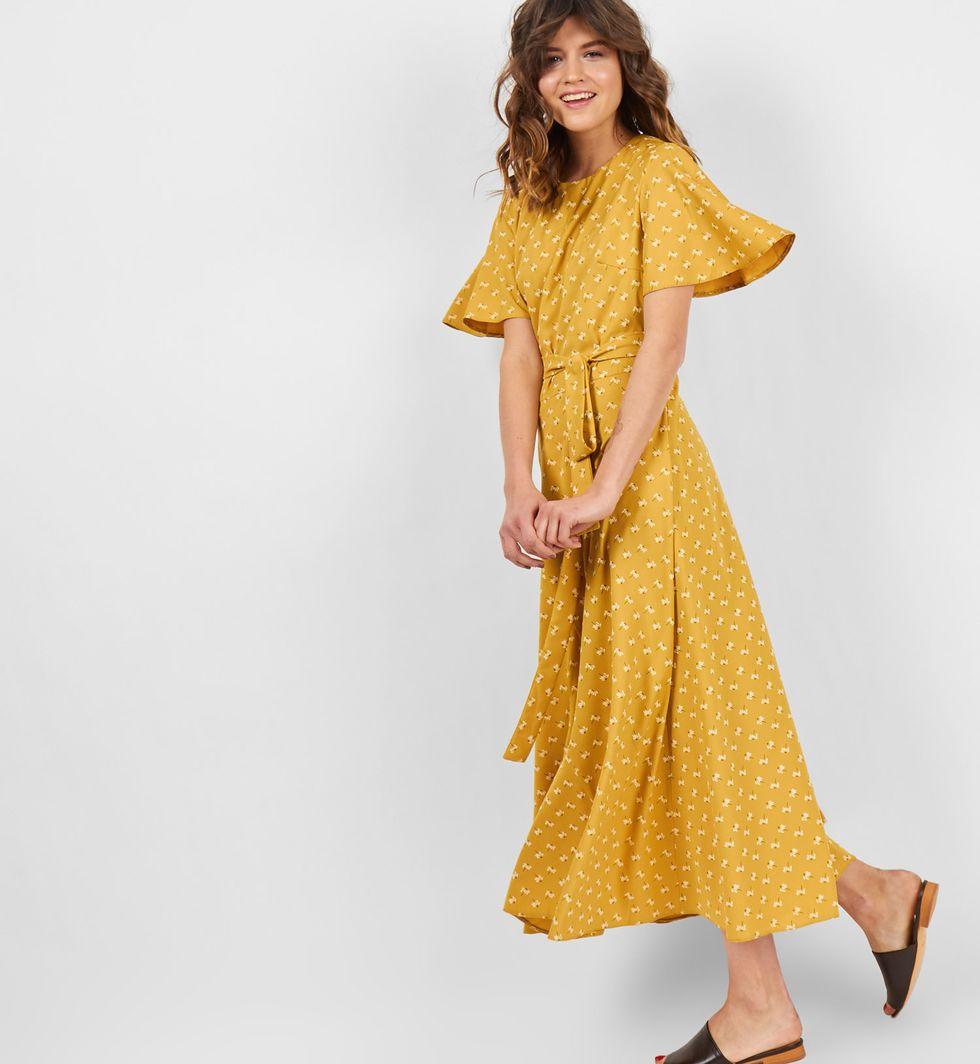 Платье миди с рукавами крылышки MПлатья<br><br><br>Артикул: 8299278<br>Размер: M<br>Цвет: Горчичный<br>Новинка: НЕТ<br>Наименование en: Flutter sleeve midi dress