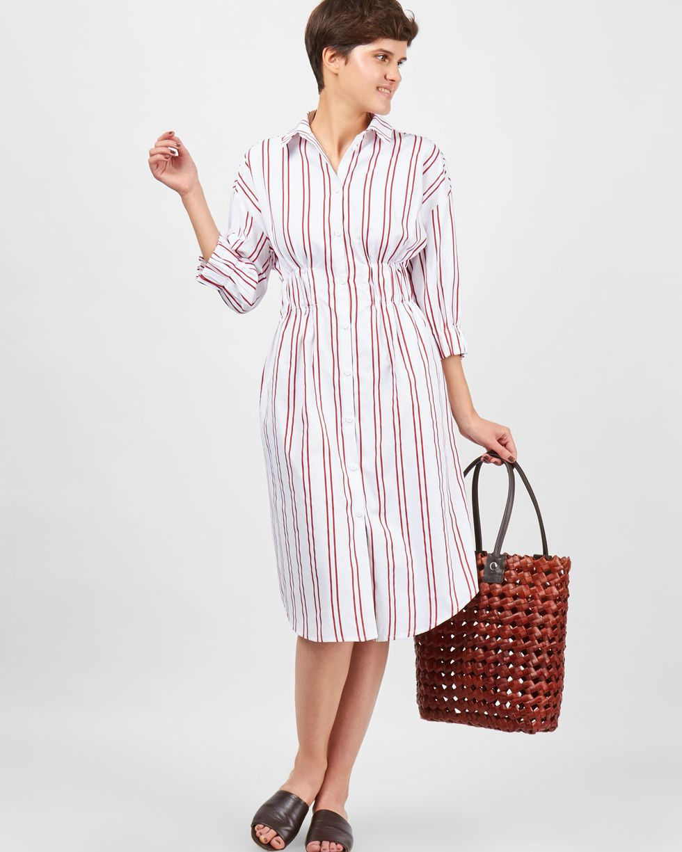 Платье-рубашка в полоску SПлатья<br><br><br>Артикул: 8299436<br>Размер: S<br>Цвет: Белый<br>Новинка: НЕТ<br>Наименование en: Stripe shirt dress