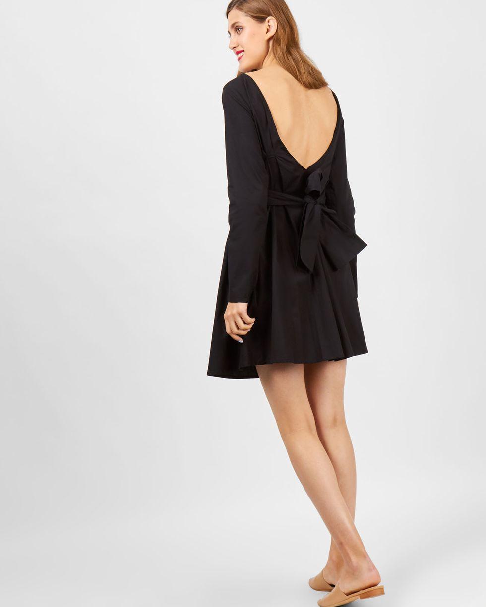 Платье мини с бантом на спине SПлатья<br><br><br>Артикул: 8299544<br>Размер: S<br>Цвет: Черный<br>Новинка: НЕТ<br>Наименование en: Open back bow dress
