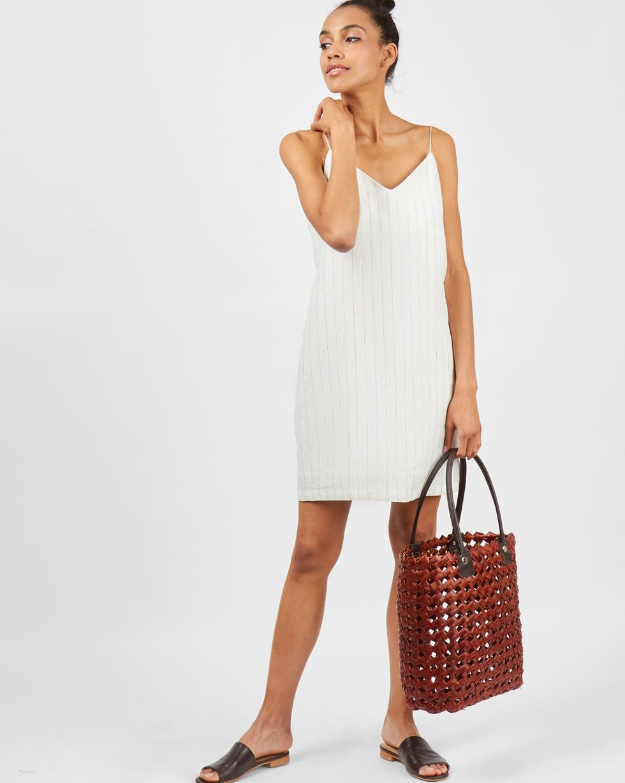Комбинация мини изо льна MПлатья<br><br><br>Артикул: 8299592<br>Размер: M<br>Цвет: Молочный<br>Новинка: НЕТ<br>Наименование en: Linen mini slip dress