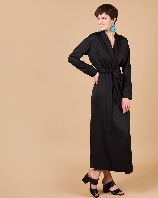 Платье-халат SПлатья<br><br><br>Артикул: 8299607<br>Размер: S<br>Цвет: Черный<br>Новинка: НЕТ<br>Наименование en: Wrap front robe dress