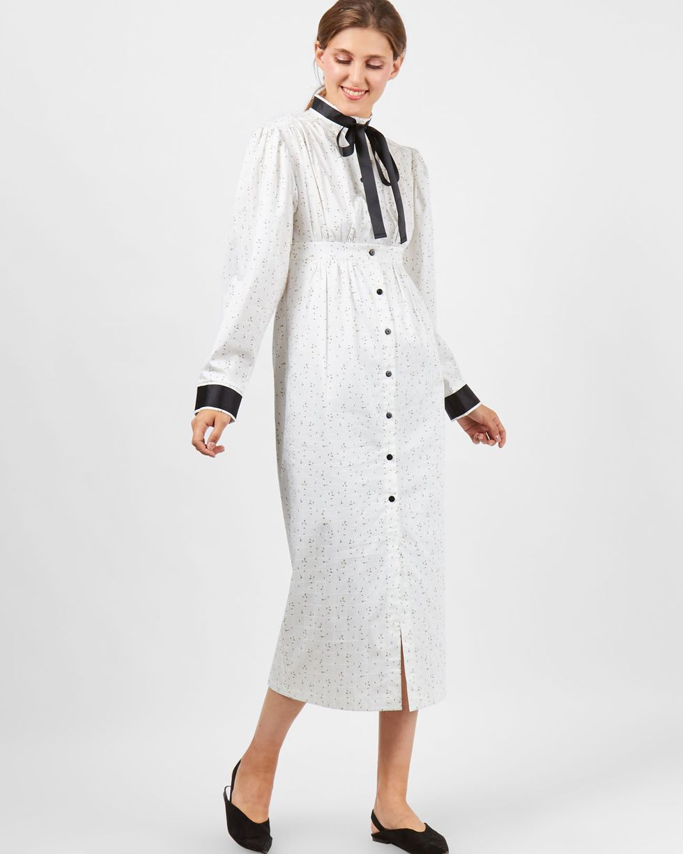 Платье миди с завышенной талией Lплатья<br><br><br>Артикул: 8299743<br>Размер: L<br>Цвет: Белый<br>Новинка: НЕТ<br>Наименование en: High waist midi dress
