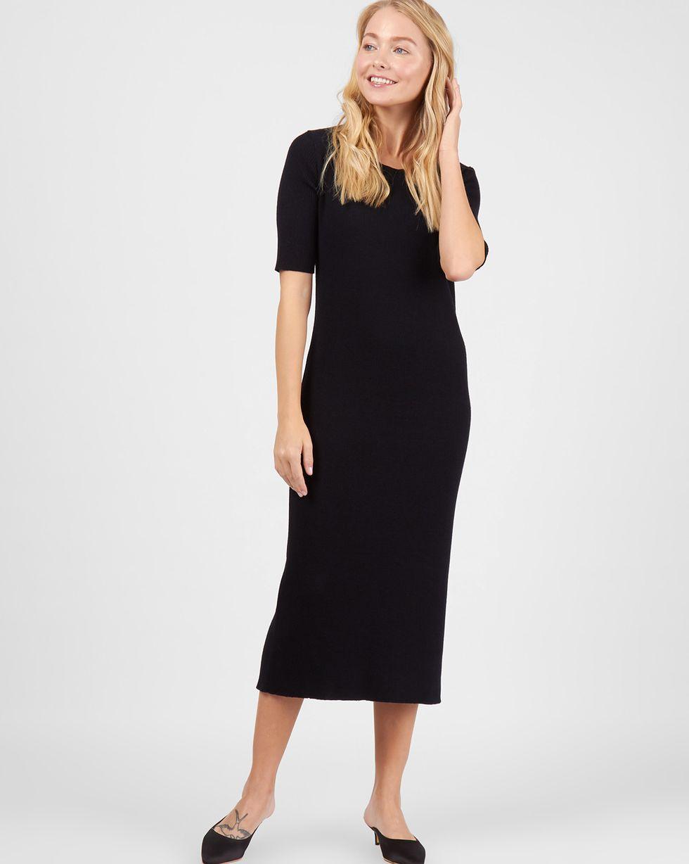 Платье с коротким рукавом в рубчик MПлатья<br><br><br>Артикул: 84412485<br>Размер: M<br>Цвет: Черный<br>Новинка: НЕТ<br>Наименование en: Short sleeve rib knit dress