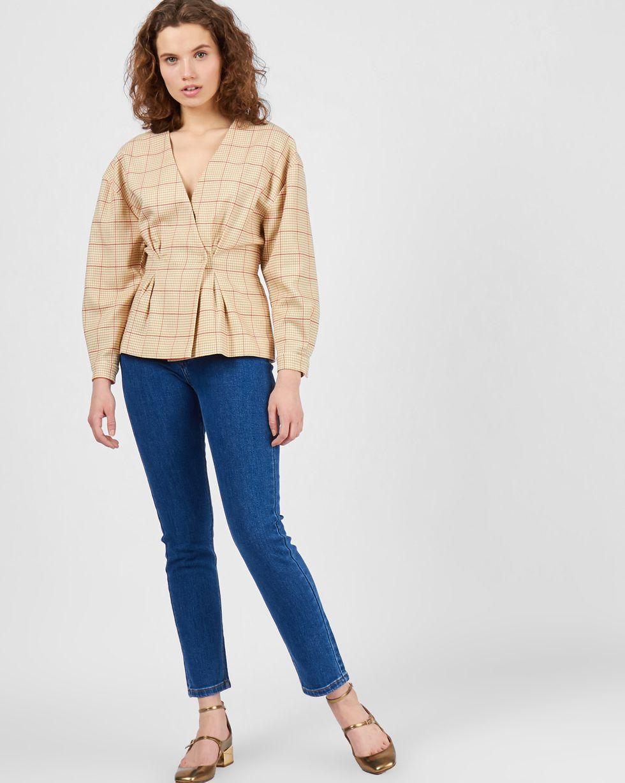 Жакет на кнопках MТопы и блузы<br><br><br>Артикул: 230011520<br>Размер: M<br>Цвет: Светло-коричневый<br>Новинка: НЕТ<br>Наименование en: Snap front wool jacket