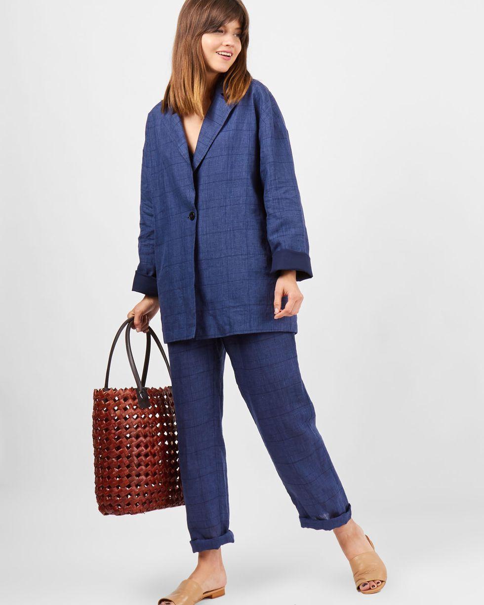 Пиджак свободного кроя изо льна Mжакеты<br><br><br>Артикул: 93010050<br>Размер: M<br>Цвет: Синий<br>Новинка: НЕТ<br>Наименование en: Linen relaxed fit jacket