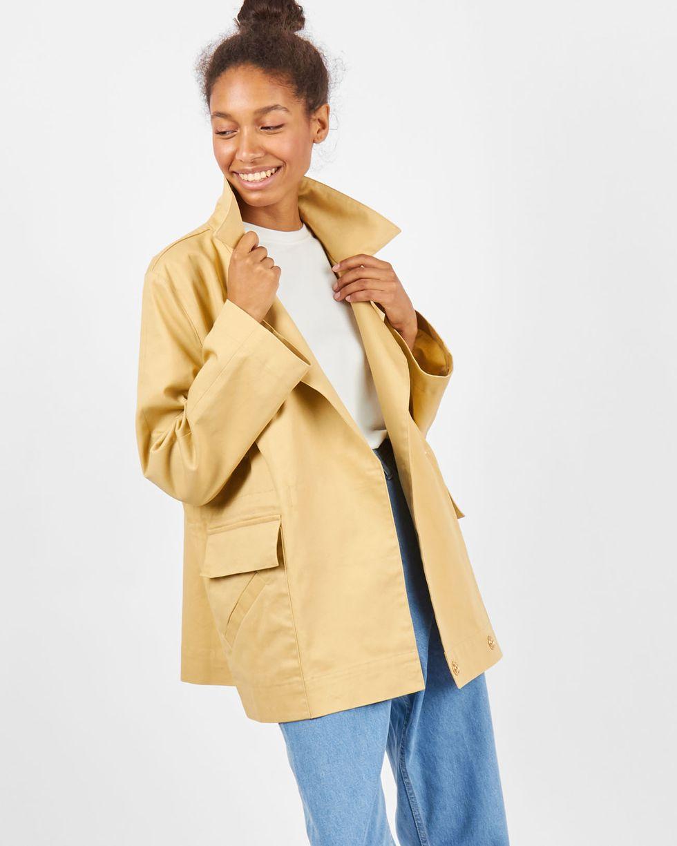 Жакет укороченный MЖакеты<br><br><br>Артикул: 93010534<br>Размер: M<br>Цвет: None<br>Новинка: НЕТ<br>Наименование en: Cropped jacket