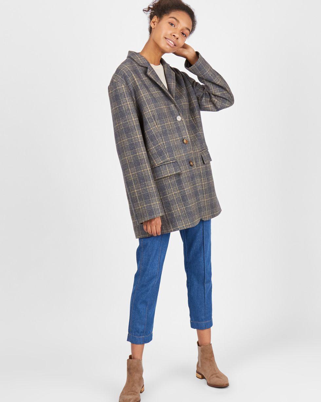 Пиджак с объемными плечами One size