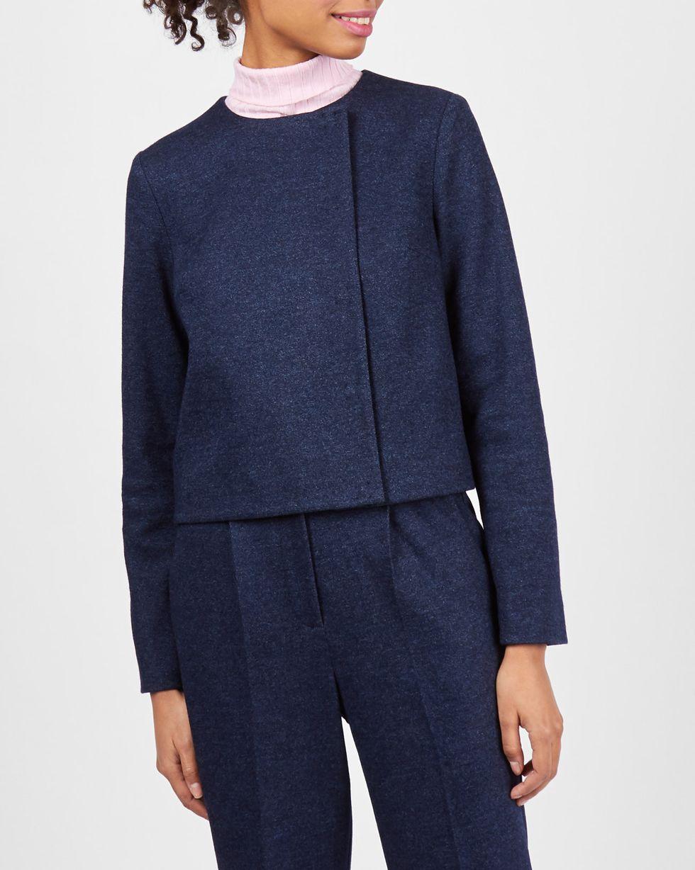 Жакет укороченный из трикотажа XSЖакеты<br><br><br>Артикул: 93011199<br>Размер: XS<br>Цвет: Темно-синий<br>Новинка: НЕТ<br>Наименование en: Wool blend cropped jacket