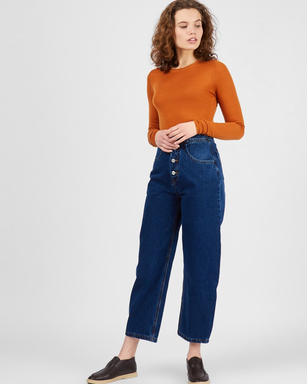 Свитер тонкой вязки LТрикотаж<br><br><br>Артикул: 84411150<br>Размер: L<br>Цвет: Рыжий<br>Новинка: НЕТ<br>Наименование en: Fine-knit sweater