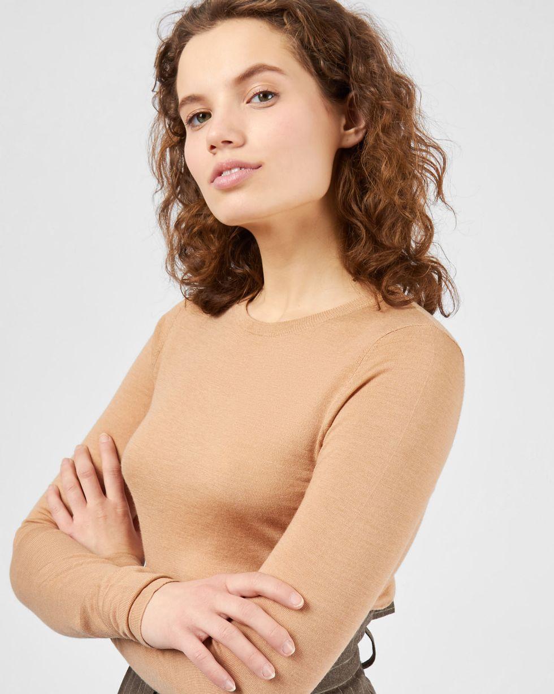 Свитер тонкой вязки MТрикотаж<br><br><br>Артикул: 84411153<br>Размер: M<br>Цвет: Песочный<br>Новинка: НЕТ<br>Наименование en: Fine-knit sweater