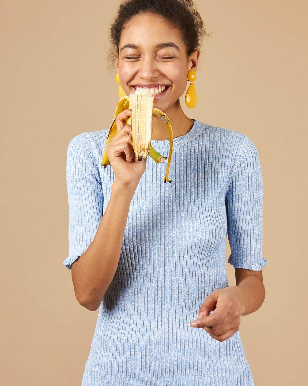 Удлиненный джемпер с коротким рукавом XSТопы и блузы<br><br><br>Артикул: 84412847<br>Размер: XS<br>Цвет: Голубой/Белый<br>Новинка: ДА<br>Наименование en: Short sleeve rib knit jumper