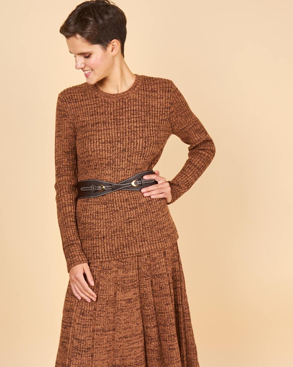 Купить со скидкой Костюм крупной вязки: джемпер и юбка меланж M