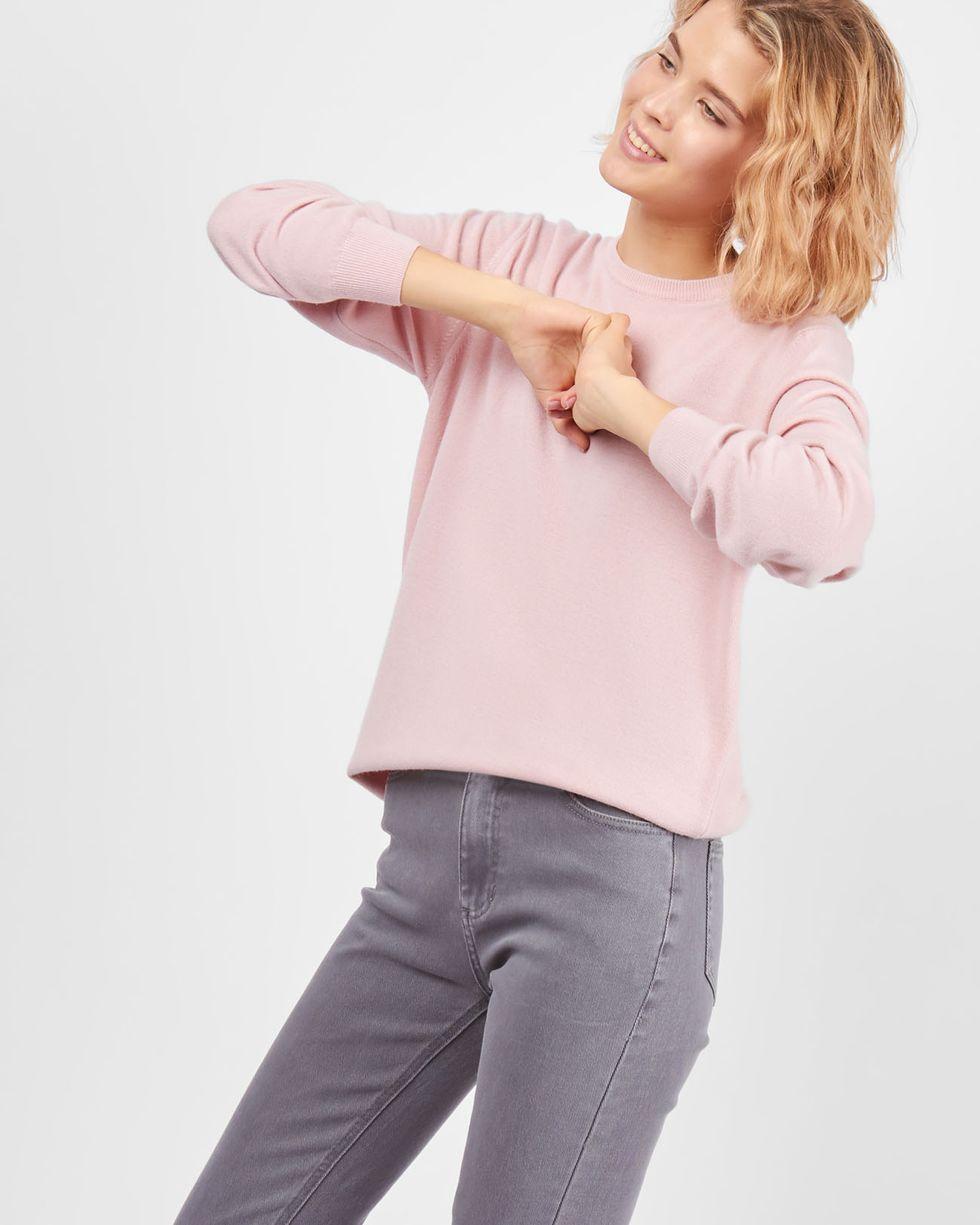 Свитер с круглой горловиной One sizeТрикотаж<br><br><br>Артикул: 8447095<br>Размер: One size<br>Цвет: Розовый<br>Новинка: НЕТ<br>Наименование en: Round neck sweater