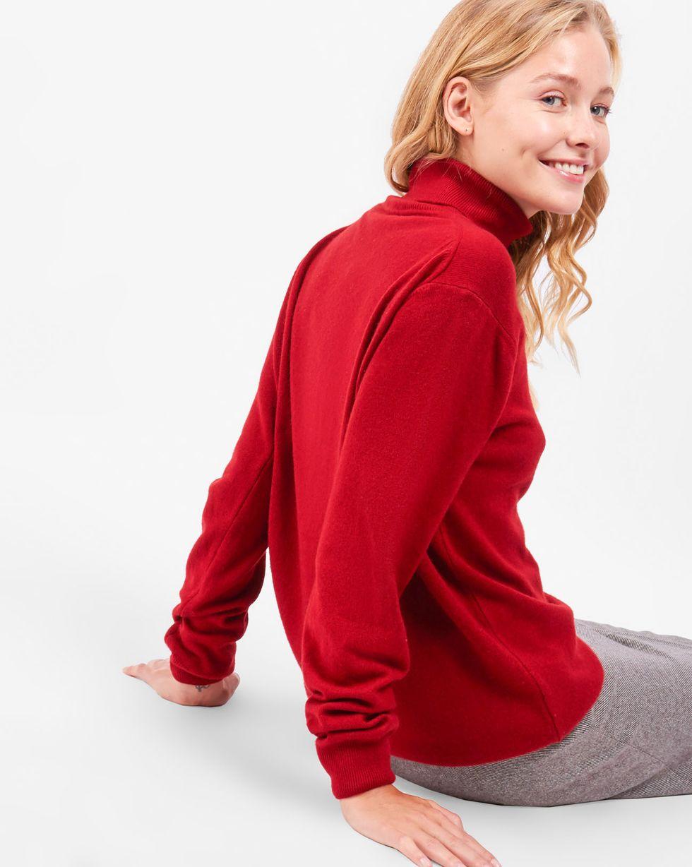 Объемная водолазка One sizeТрикотаж<br><br><br>Артикул: 8447487<br>Размер: One size<br>Цвет: Бордовый<br>Новинка: НЕТ<br>Наименование en: Oversized turtleneck sweater