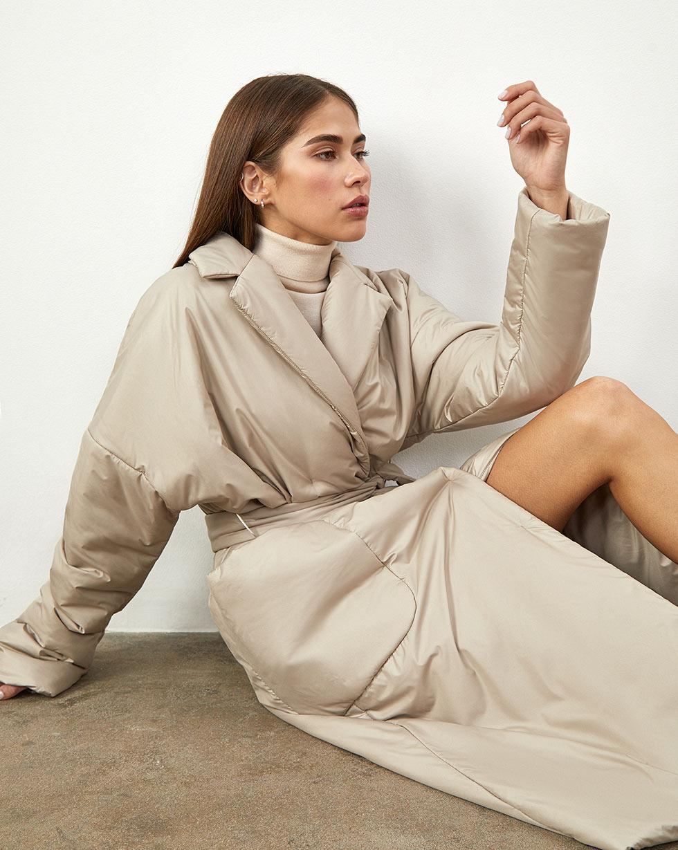 Пальто утепленное, с поясом M фото