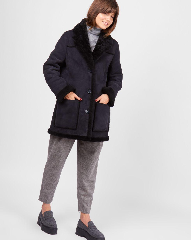 Дубленка MВерхняя одежда<br><br><br>Артикул: 79911359<br>Размер: M<br>Цвет: Черный<br>Новинка: НЕТ<br>Наименование en: Shearling coat