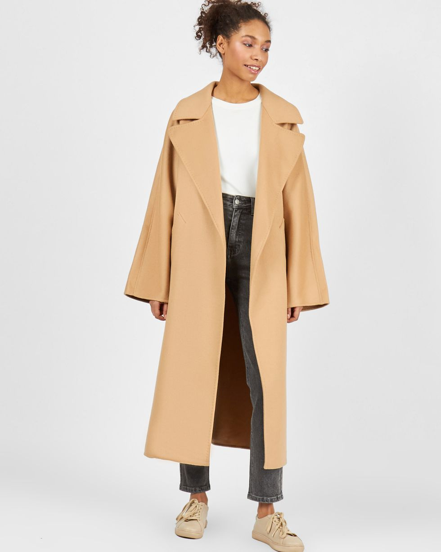 Пальто на поясе  One sizeВерхняя одежда<br><br><br>Артикул: 79912646<br>Размер: One size<br>Цвет: Кэмел<br>Новинка: НЕТ<br>Наименование en: Belted cashmere blend coat