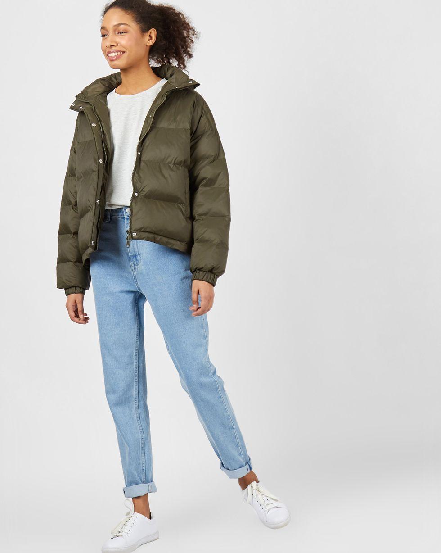 Стеганый короткий пуховик XSВерхняя одежда<br><br><br>Артикул: 79912982<br>Размер: XS<br>Цвет: Хаки<br>Новинка: НЕТ<br>Наименование en: Padded puffer jacket