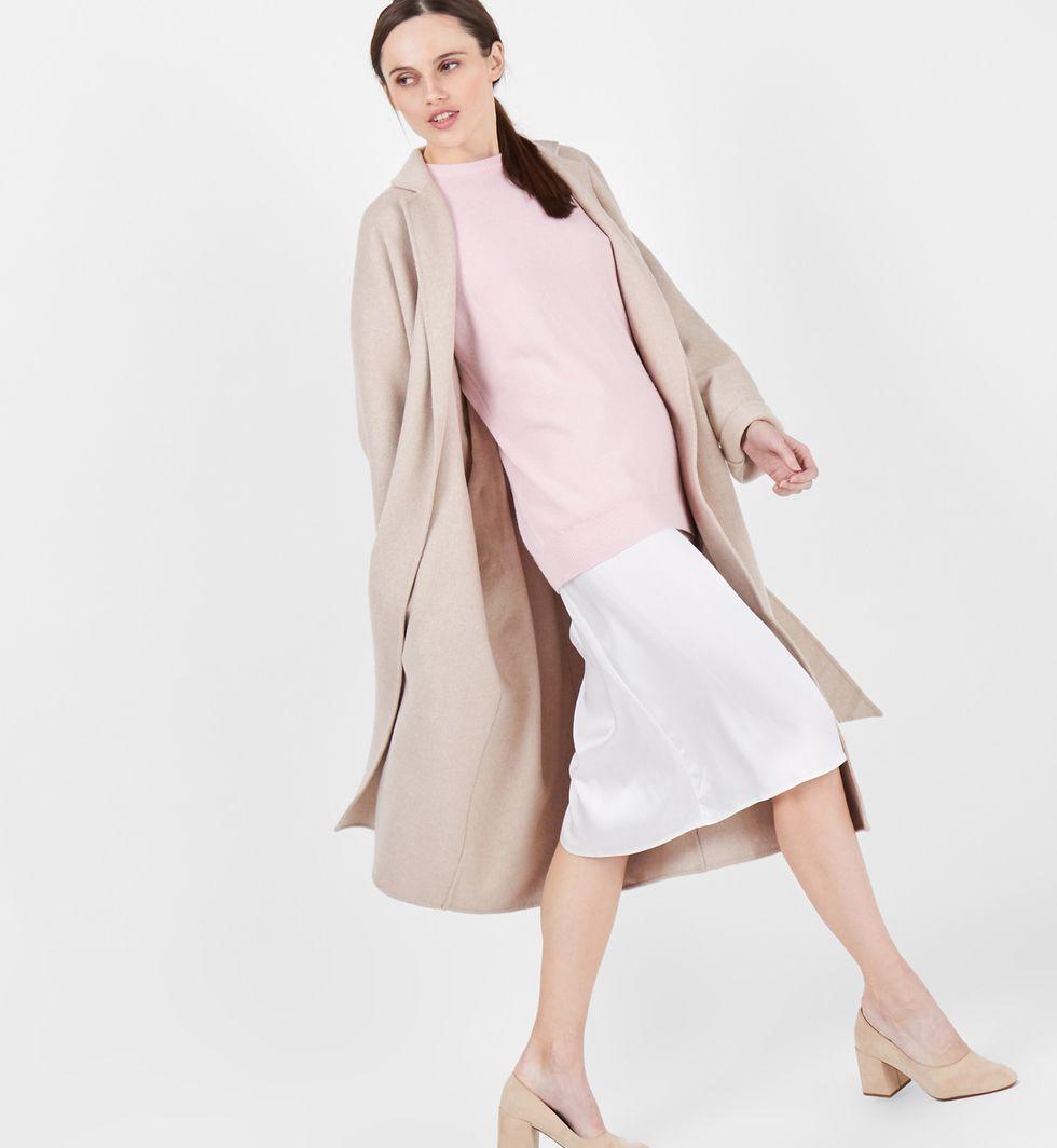 Пальто-халат One sizeВерхняя одежда<br><br><br>Артикул: 7996285<br>Размер: One size<br>Цвет: Кофе с молоком<br>Новинка: НЕТ<br>Наименование en: Belted robe coat
