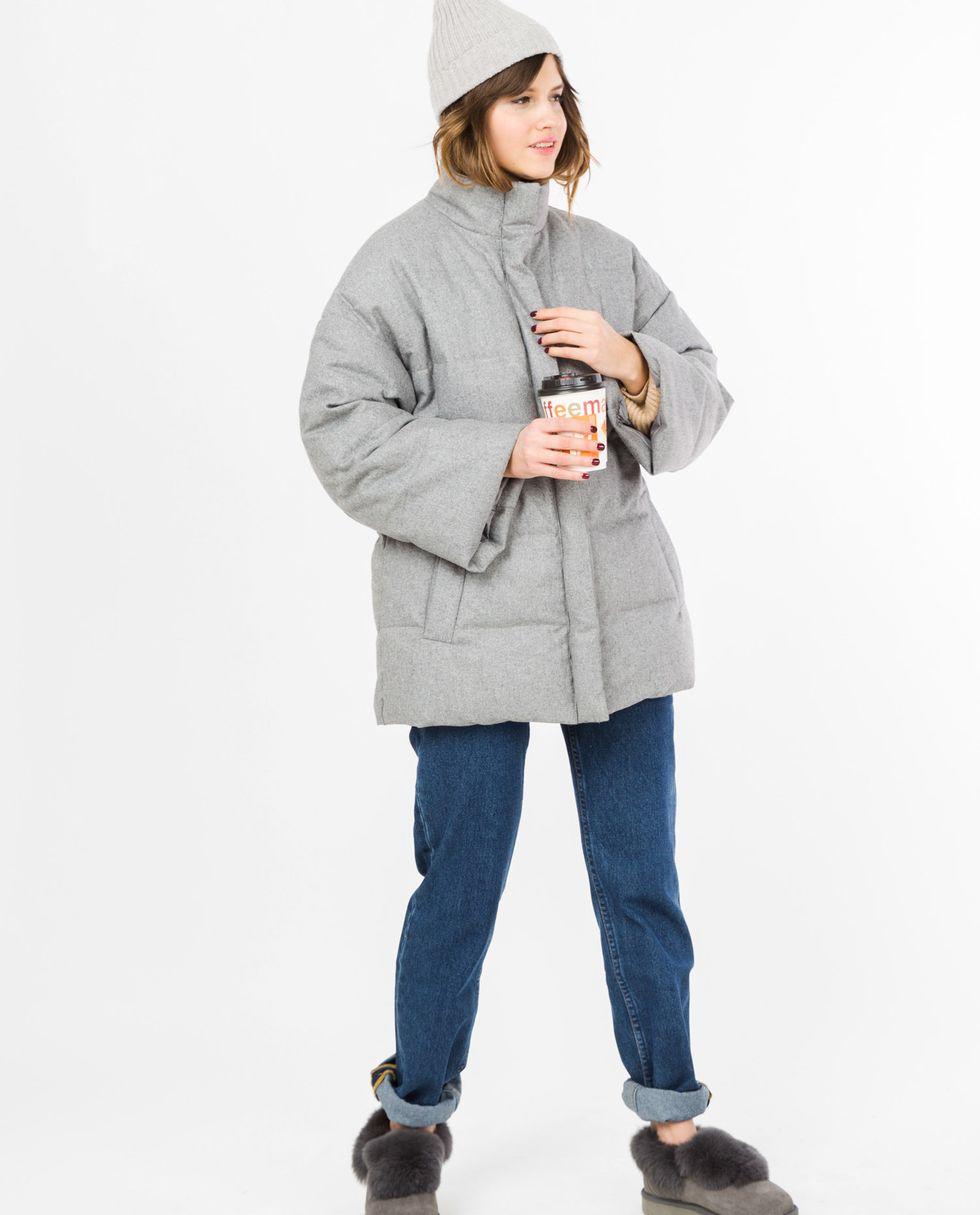 Жакет стеганый из шерсти One sizeВерхняя одежда<br><br><br>Артикул: 7997235<br>Размер: One size<br>Цвет: Серый<br>Новинка: НЕТ<br>Наименование en: Quilted wool jacket