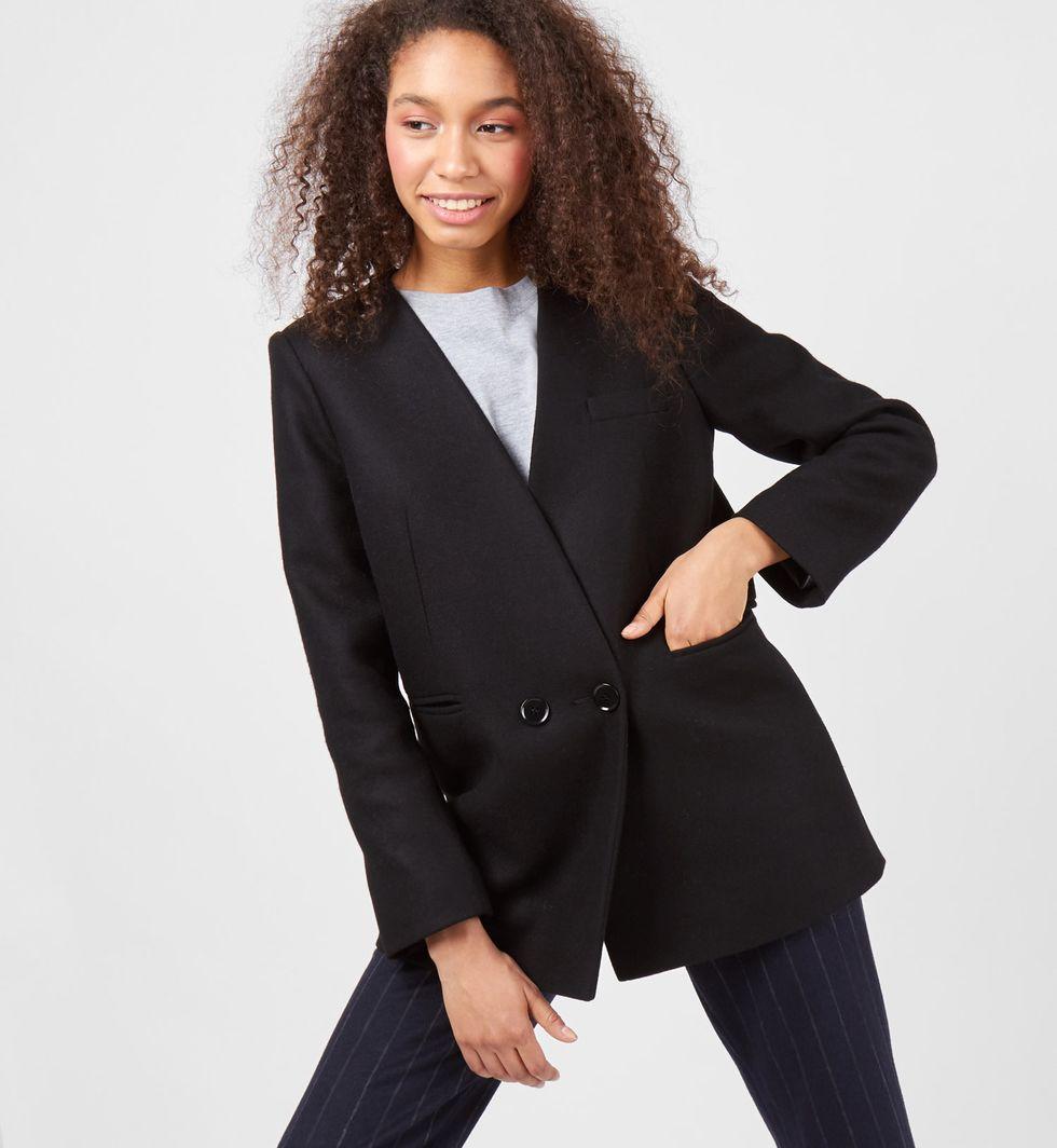 Пальто-пиджак SВерхняя одежда<br><br><br>Артикул: 7997569<br>Размер: S<br>Цвет: Черный<br>Новинка: НЕТ<br>Наименование en: Wool blend jacket
