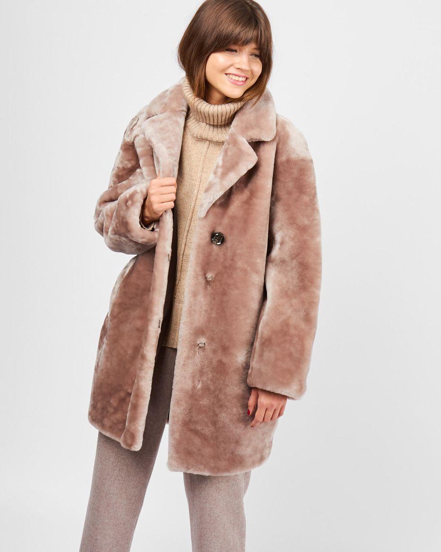 Шуба укороченная из мутона SВерхняя одежда<br><br><br>Артикул: 7997597<br>Размер: S<br>Цвет: Бежевый<br>Новинка: НЕТ<br>Наименование en: Mouton coat