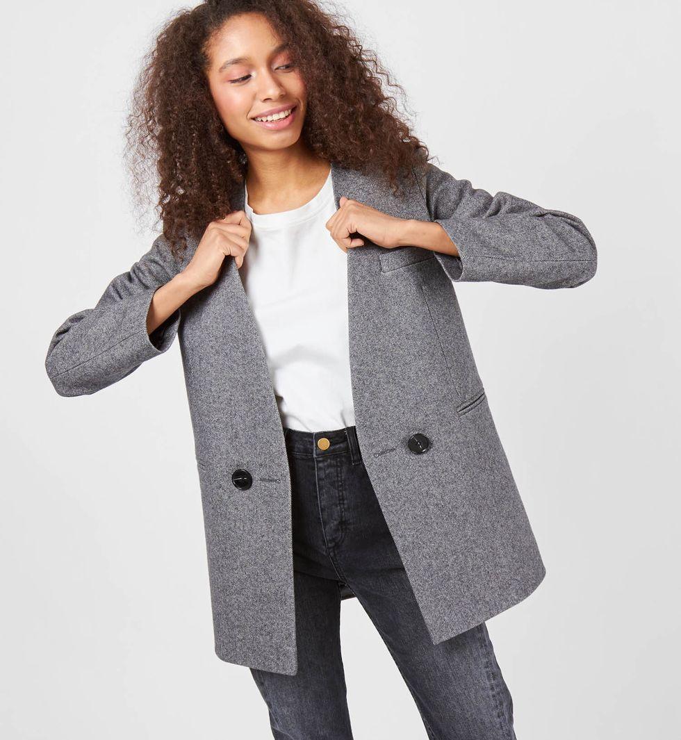 Пальто-пиджак XSВерхняя одежда<br><br><br>Артикул: 7997607<br>Размер: XS<br>Цвет: Серый<br>Новинка: НЕТ<br>Наименование en: Wool blend jacket