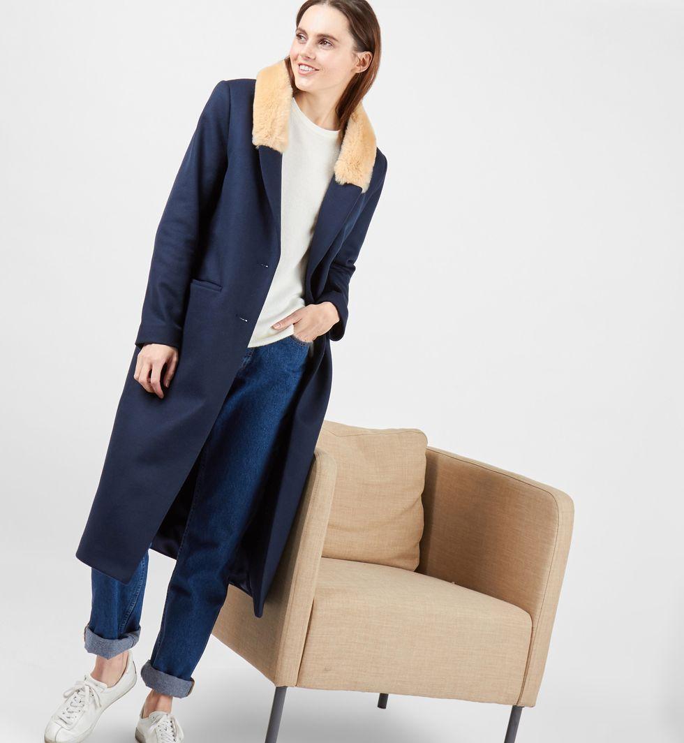 Пальто со съемным меховым воротником SВерхняя одежда<br><br><br>Артикул: 7998027<br>Размер: S<br>Цвет: Синий<br>Новинка: НЕТ<br>Наименование en: None