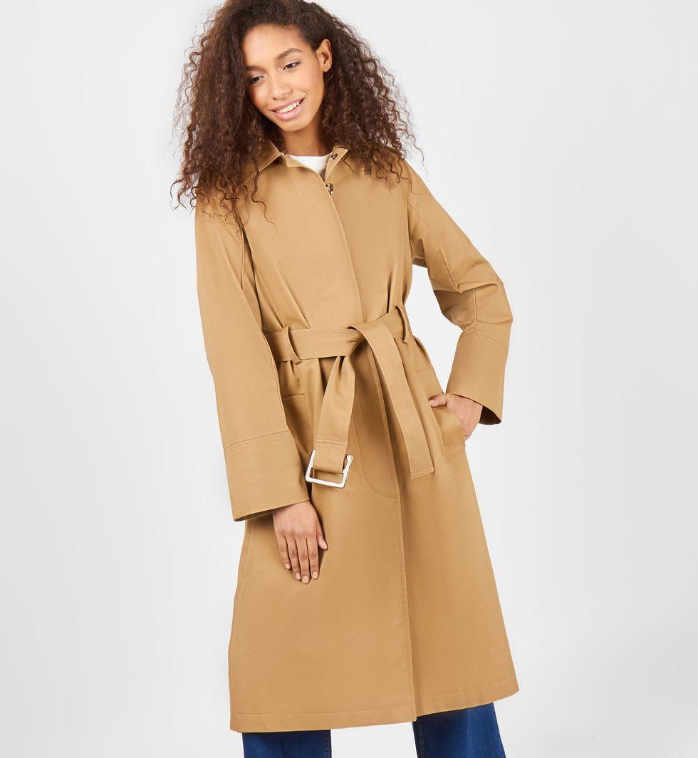 Тренч удлиненный на поясе MВерхняя одежда<br><br><br>Артикул: 7998451<br>Размер: M<br>Цвет: Кэмел<br>Новинка: НЕТ<br>Наименование en: Belted trench coat