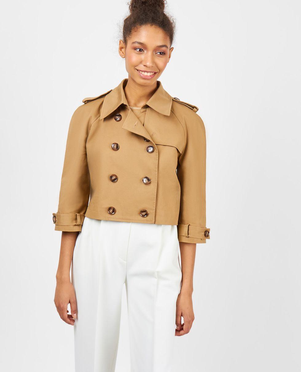 Тренч укороченный XSВерхняя одежда<br><br><br>Артикул: 7998521<br>Размер: XS<br>Цвет: Кэмел<br>Новинка: НЕТ<br>Наименование en: Cropped trench coat