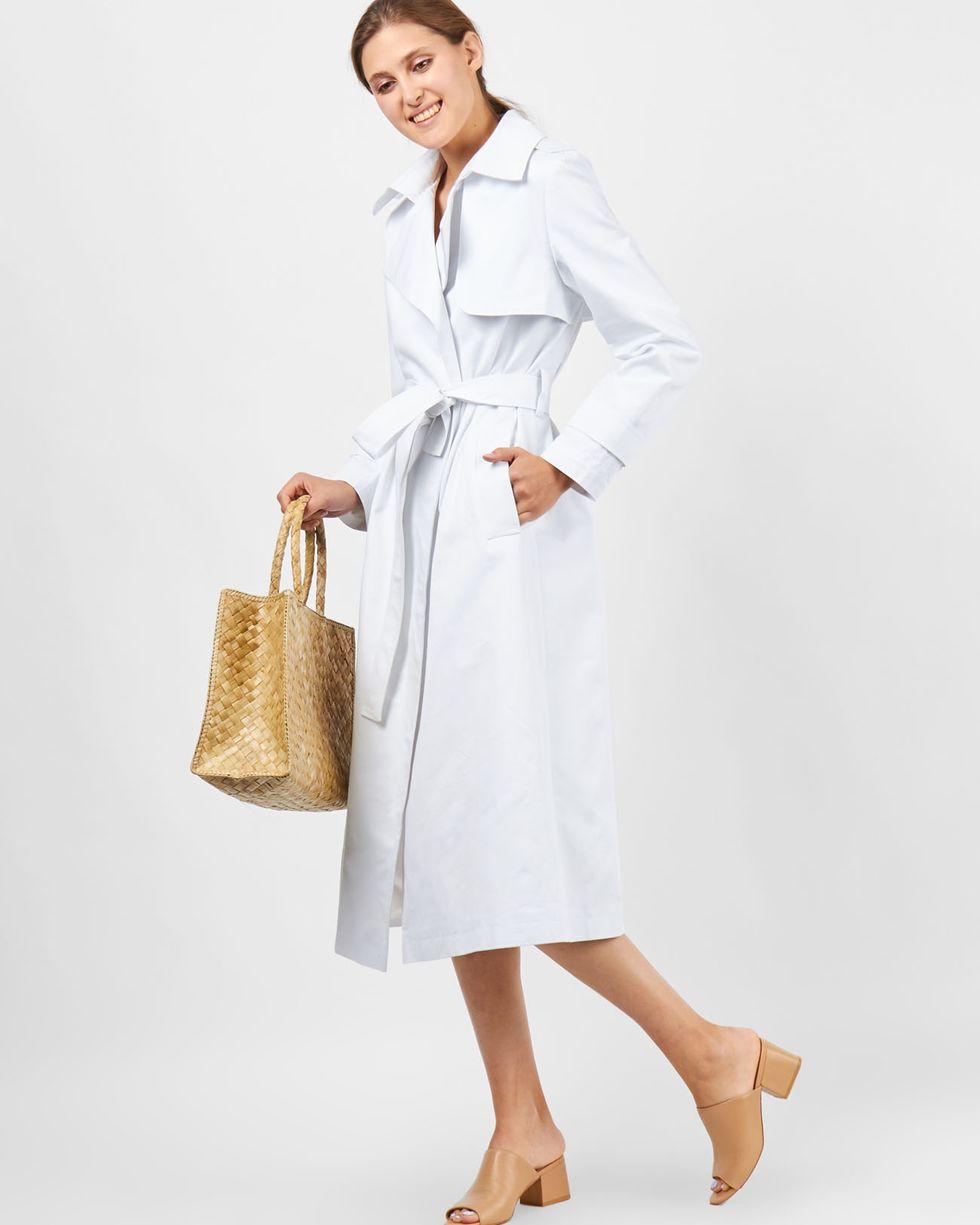 Тренч однотонный Sверхняя одежда<br><br><br>Артикул: 7999449<br>Размер: S<br>Цвет: Белый<br>Новинка: НЕТ<br>Наименование en: Cotton trench cotton