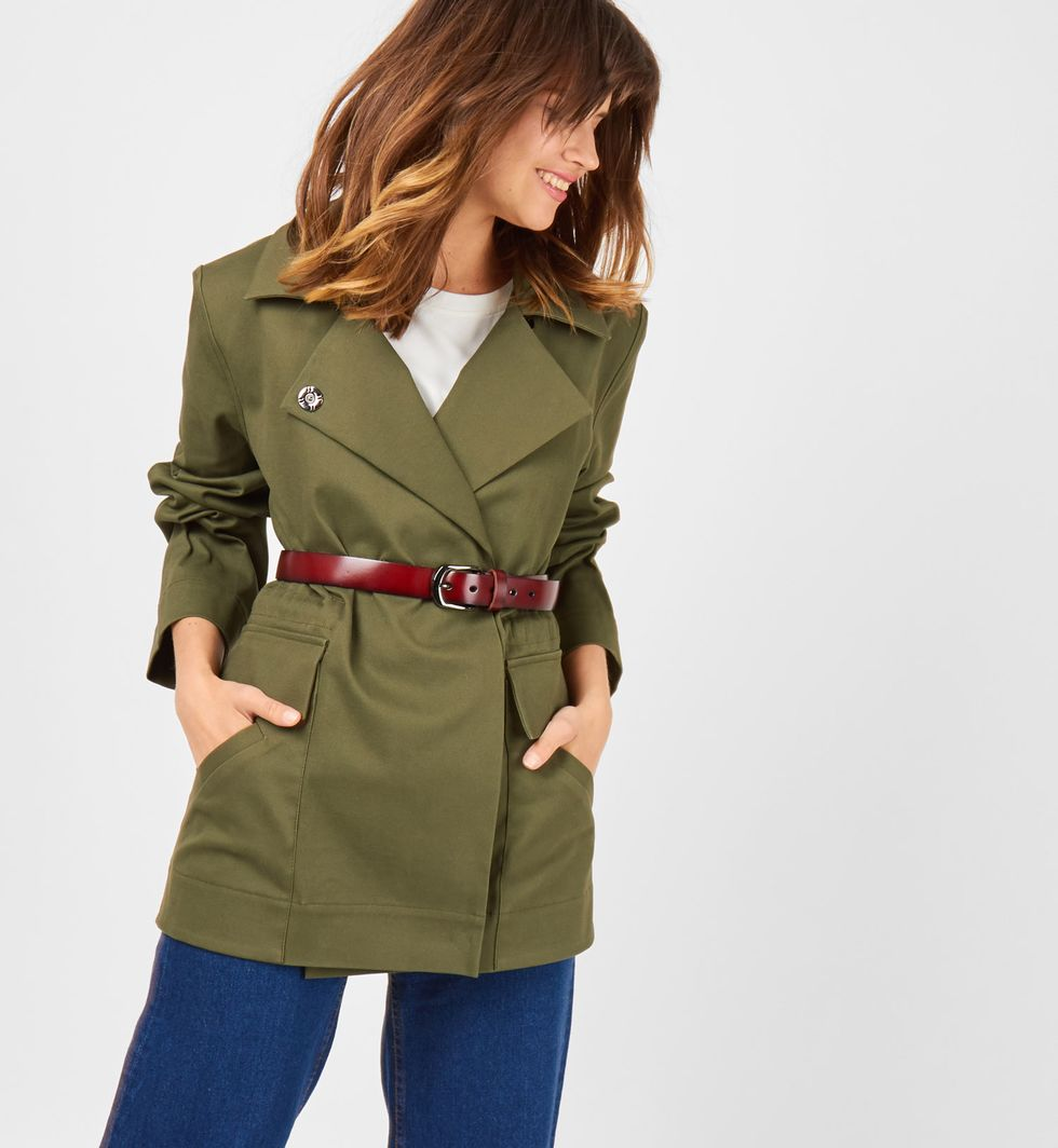 Жакет укороченный SВерхняя одежда<br><br><br>Артикул: 9308444<br>Размер: S<br>Цвет: Темно-зеленый<br>Новинка: НЕТ<br>Наименование en: Drawstring jacket