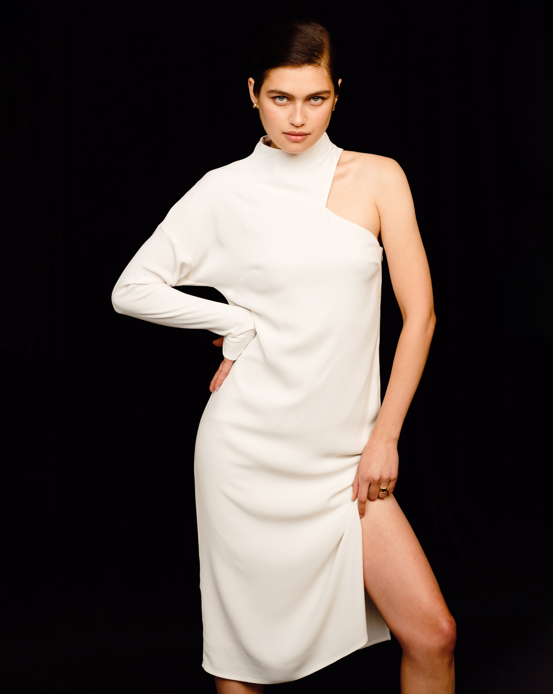 12⠀STOREEZ Асимметричное платье