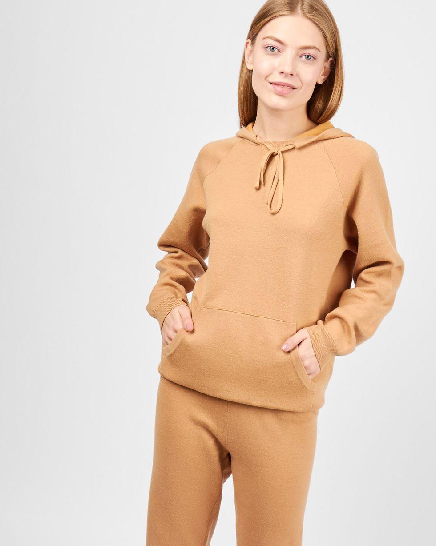 Костюм: толстовка с капюшоном и брюки SКомплекты<br><br><br>Артикул: 7010550<br>Размер: S<br>Цвет: Кэмел<br>Новинка: НЕТ<br>Наименование en: Hoodie and sweatpants two-piece set