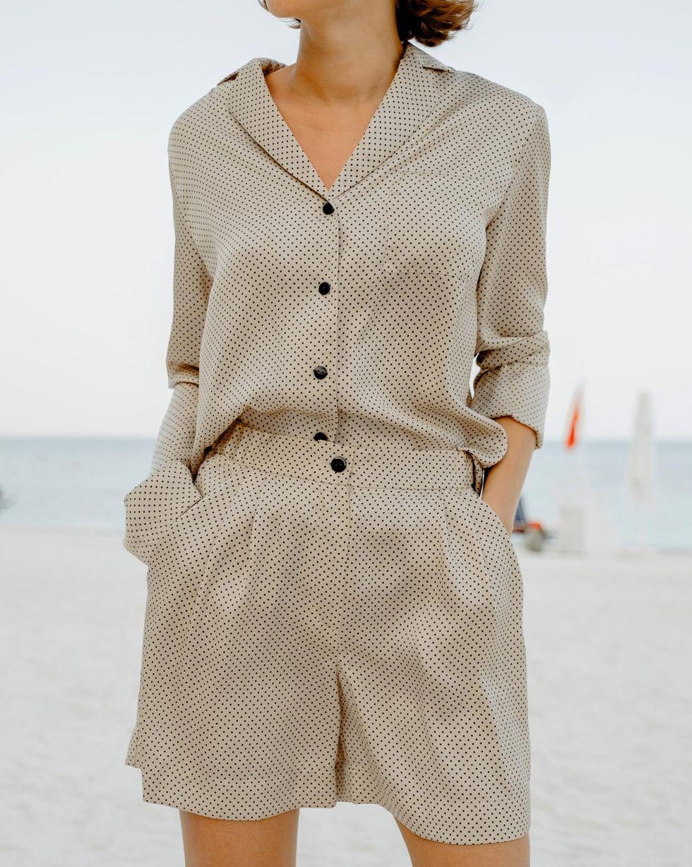 12Storeez Комплект: Блуза с шортами в горох (бежевый)
