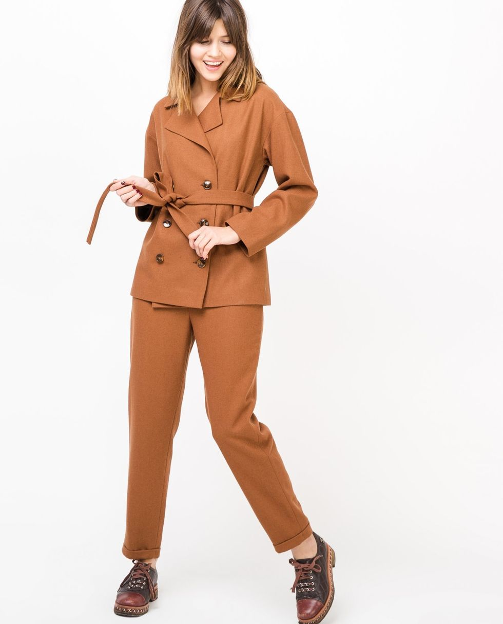 12Storeez Костюм: жакет двубортный и брюки (коричневый)