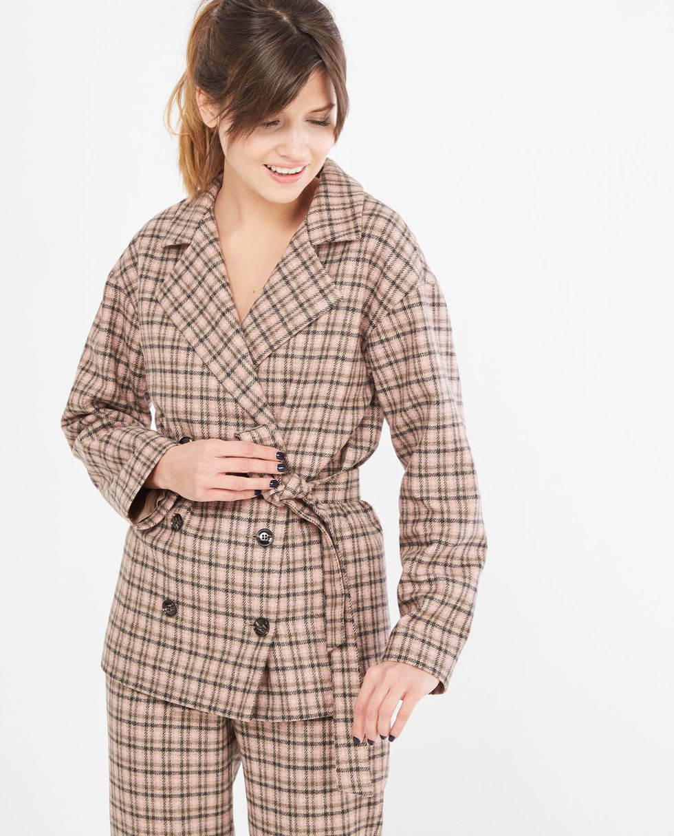 Костюм: жакет двубортный и брюки в клетку Mкомплекты<br><br><br>Артикул: 707078<br>Размер: M<br>Цвет: Коричнево-розовый в клетку<br>Новинка: НЕТ<br>Наименование en: Suit: double-breasted jacket and trousers