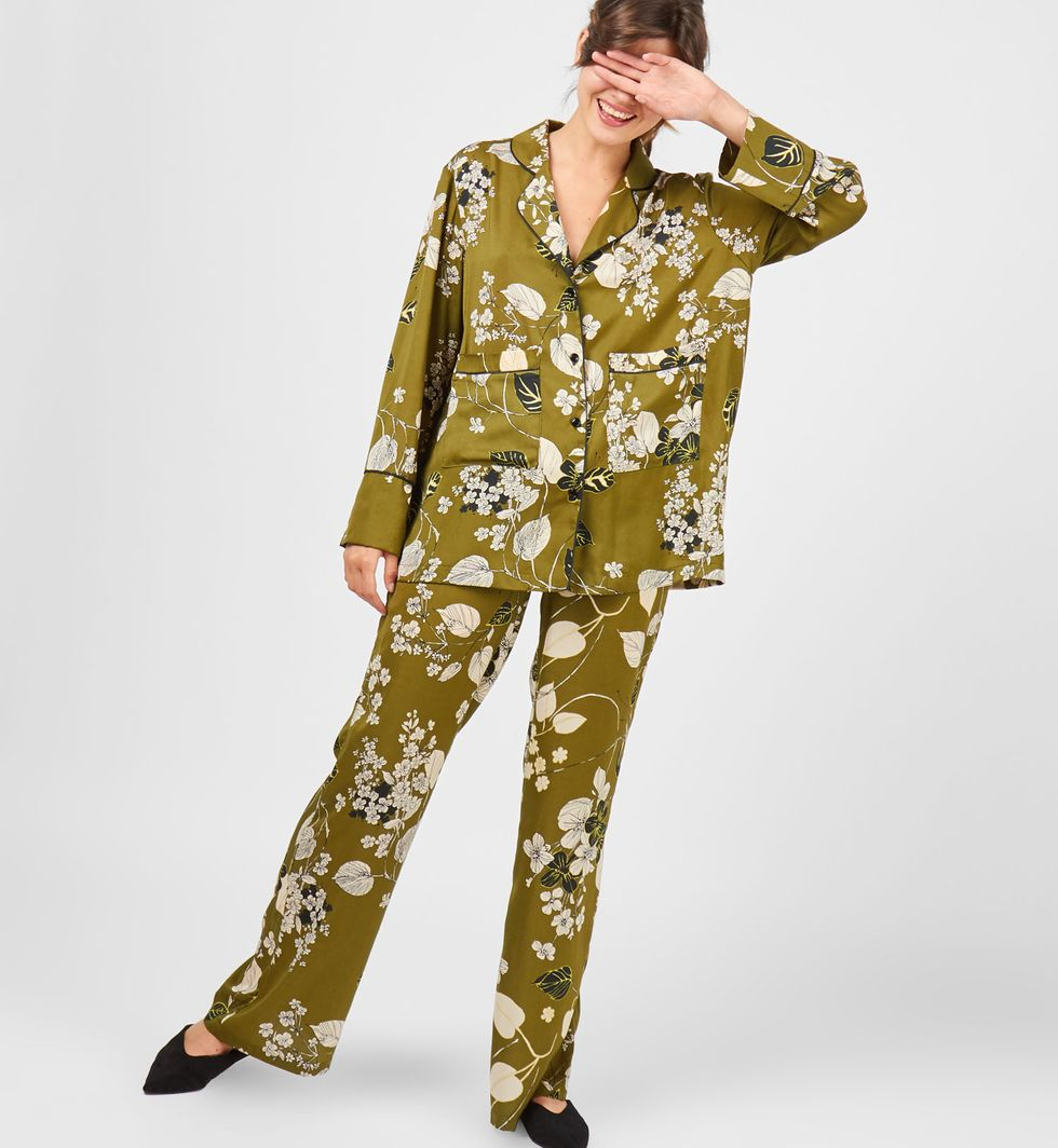 Костюм: рубашка с широкими брюками MКомплекты<br><br><br>Артикул: 707639<br>Размер: M<br>Цвет: Зеленый<br>Новинка: НЕТ<br>Наименование en: Shirt and wide leg trousers co-ord