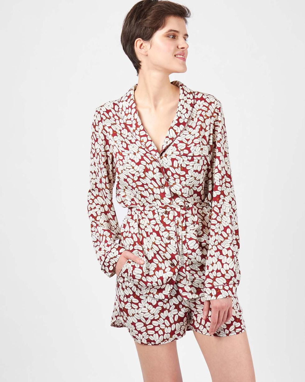 Комплект: рубашка с шортами зерна кофе SКомплекты<br><br><br>Артикул: 709370<br>Размер: S<br>Цвет: Бордовый<br>Новинка: НЕТ<br>Наименование en: Loose shirt and shorts co-ord