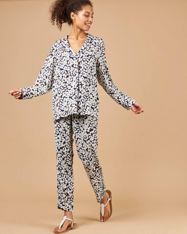Комплект: рубашка и брюки зерна кофе SКомплекты<br><br><br>Артикул: 709374<br>Размер: S<br>Цвет: Синий<br>Новинка: НЕТ<br>Наименование en: Pyjama shirt and trousers co-ord