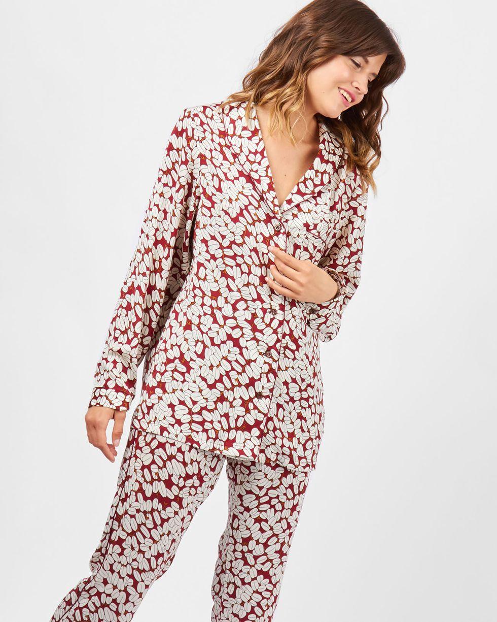 Комплект: рубашка и брюки зерна кофе SКомплекты<br><br><br>Артикул: 709377<br>Размер: S<br>Цвет: Бордовый<br>Новинка: ДА<br>Наименование en: Pyjama shirt and trousers co-ord