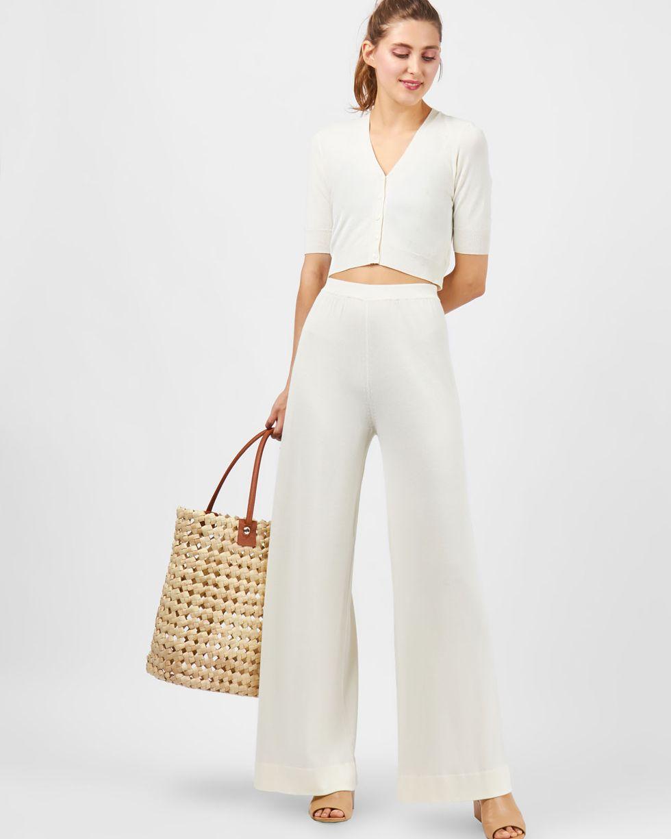 Костюм: кардиган с широкими брюками XSКомплекты<br><br><br>Артикул: 709694<br>Размер: XS<br>Цвет: Молочный<br>Новинка: НЕТ<br>Наименование en: Cropped cardigan &amp; wide leg trousers co-ord