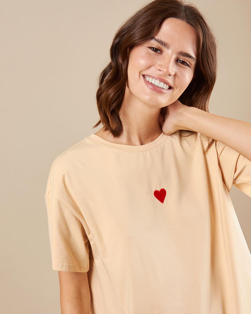 12Storeez Футболка с вышивкой сердечко (бежевый)