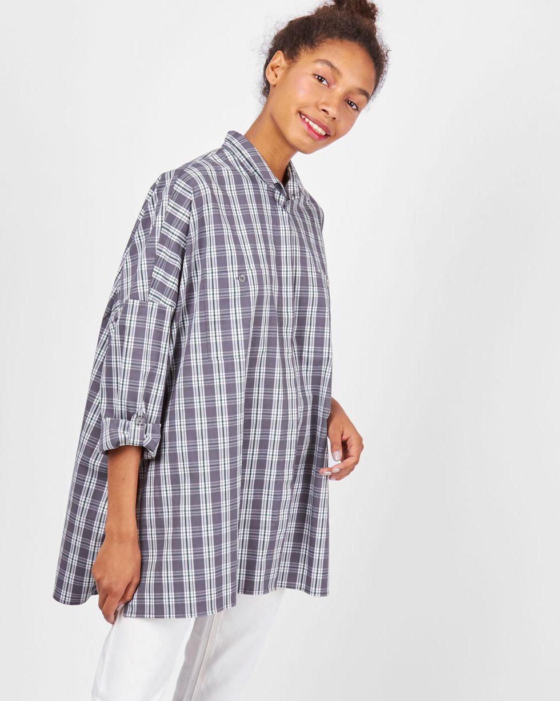 Рубашка с карманами в клетку One sizeРубашки<br><br><br>Артикул: 230010856<br>Размер: One size<br>Цвет: Светло-серый<br>Новинка: НЕТ<br>Наименование en: Check oversized shirt