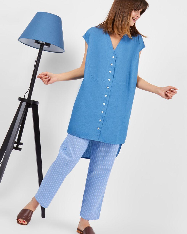 Рубашка из денима без рукавов One sizeрубашки<br><br><br>Артикул: 23008880<br>Размер: One size<br>Цвет: Голубой<br>Новинка: НЕТ<br>Наименование en: Sleeveless denim shirt