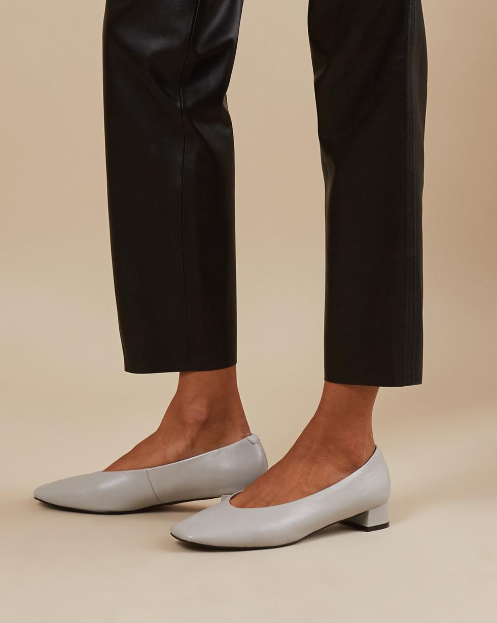 12Storeez Туфли 000000025 (Светло-серый) цена и фото
